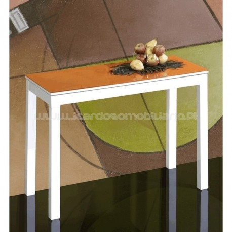Small table M-850